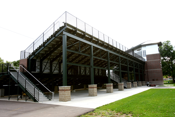 Steel understructure and risers as part of the gra